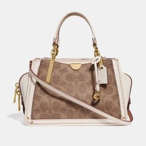 COACH Dreamer 21 in Signature Canvas